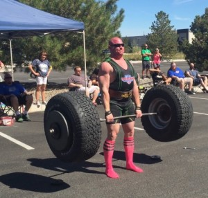 Crawford displays great strongman form in this event.